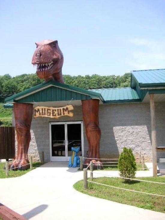 Best of the Worst Roadside Dinosaurs