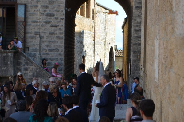 Wedding at San Gimignano thumbnail
