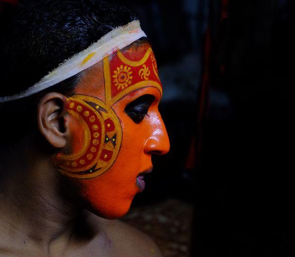 theyyam dancer thumbnail