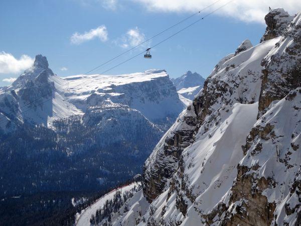 Cortina d'Ampezzo, Italy thumbnail
