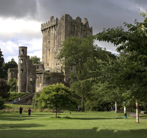 Approach to Blarney Castle thumbnail