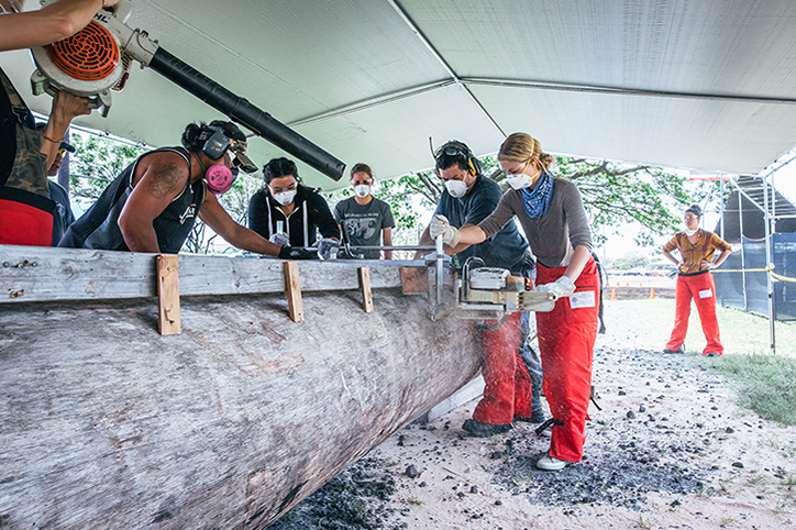 Smithsonian Merrie Monarch Womens Canoe Carving Program