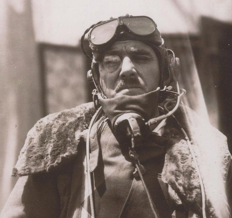 Stewart_Blacker_in_flying_gear_1933.jpg