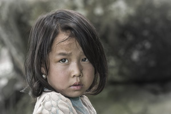 Liitle girl Hmong in Sapa  thumbnail