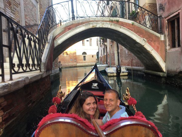 Venice by Gondola thumbnail