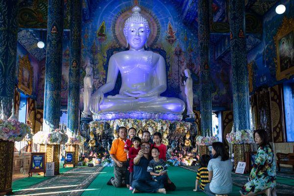 Buddha Selfie thumbnail