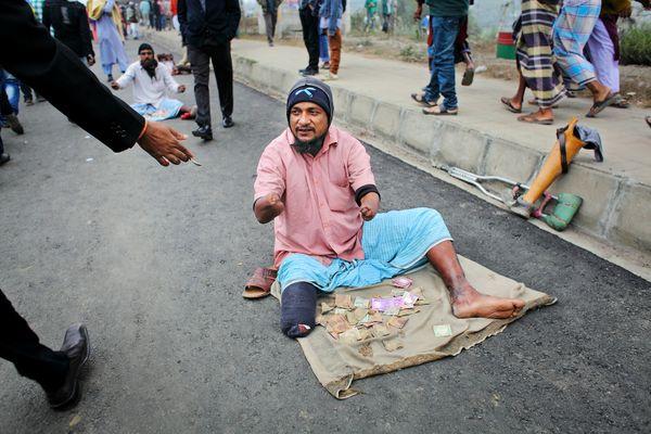 A beggar to earn living. thumbnail