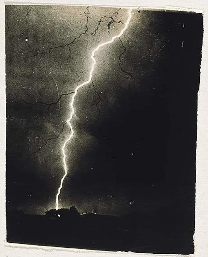 Why Artists Have so Much Trouble Painting Lightning