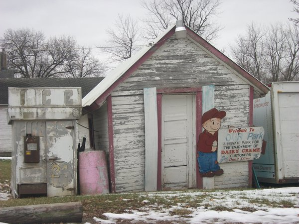 Remnants of an ice cream shop in New Sharon, Iowa. thumbnail