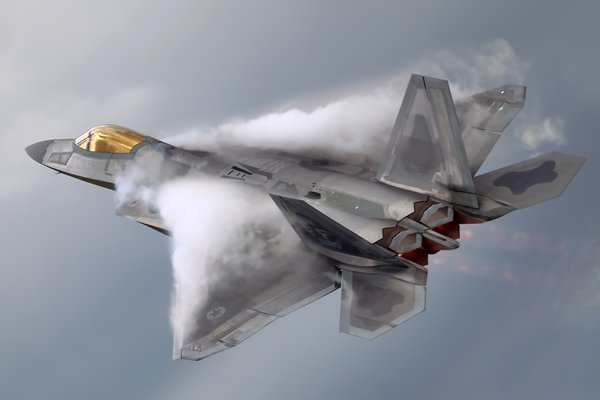 F-22 Raptor making its own clouds. thumbnail