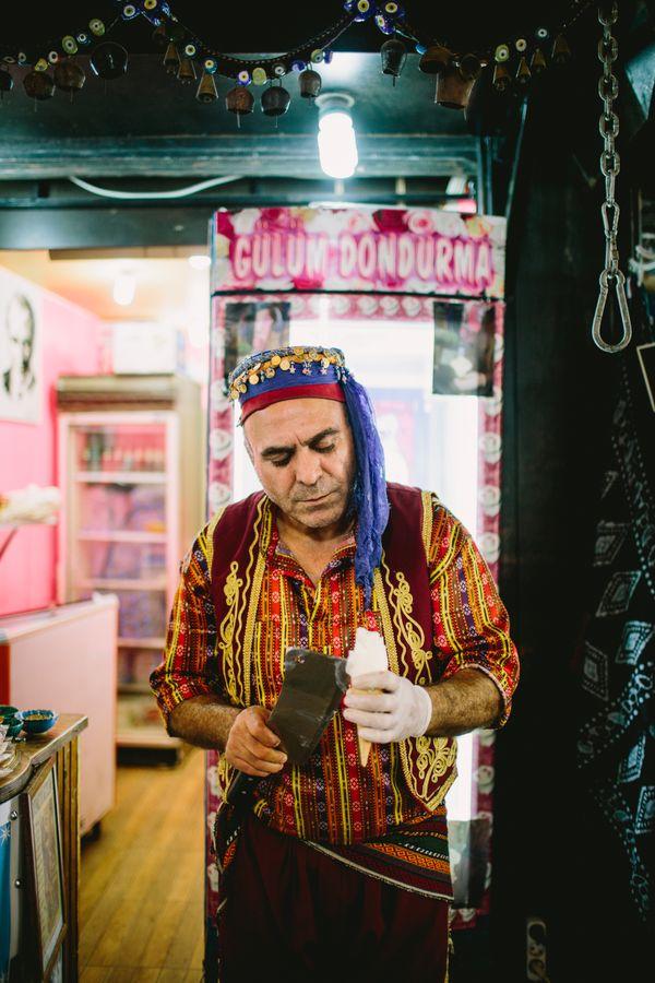 Ottoman style ice cream vendor thumbnail