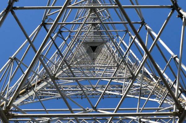 Radio Tower to Infinity thumbnail