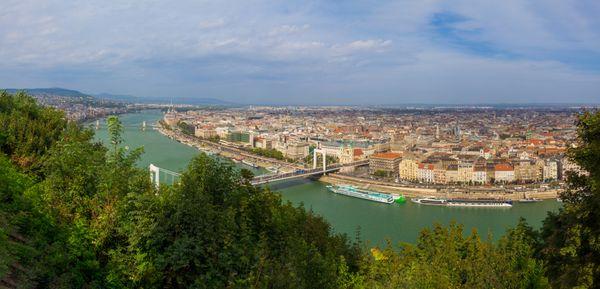Panorama of Budapest thumbnail