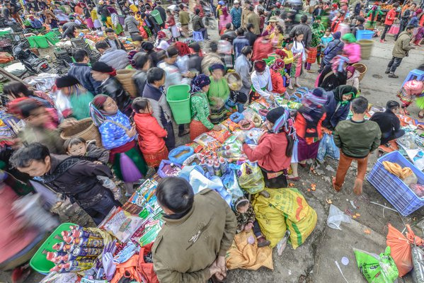 Pho Cao Ethnic market by New Year Occasion thumbnail