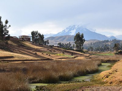 Chinchero is an agrarian town about 45-minutes outside of Cusco known for its striking landscape of snow-capped mountains and lagoons connected by a system of wetlands, as well as its Inca ruins and famous Sunday market.