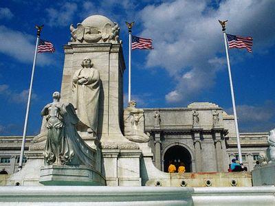Columbus Plaza in Washington, D.C.