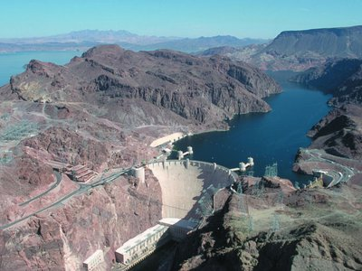 The Hoover Dam generates about 4 billion kilowatt-hours of hydroelectric power each year, enough to power the lives of 1.3 million people.