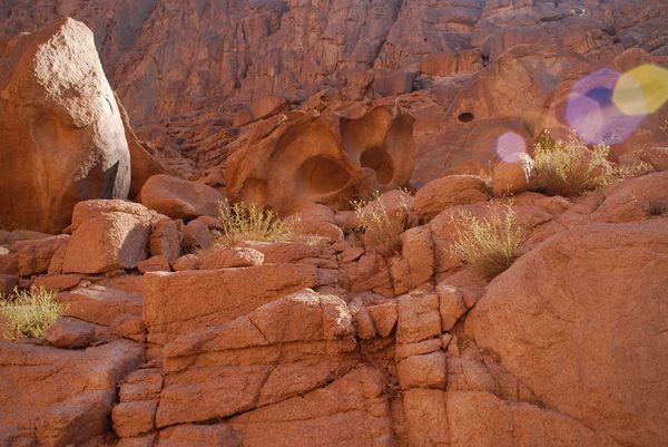 Rocks in the sun on the Sinai mountain thumbnail
