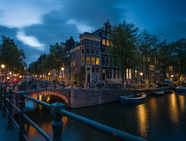 The charm of evening Amsterdam. thumbnail