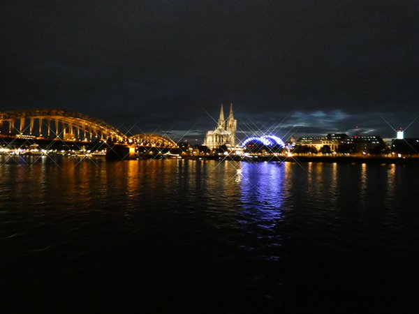 Cologne Cathedral from the Rhine River thumbnail