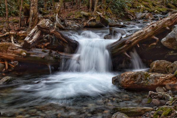 Smoky Mountain Waterfall thumbnail