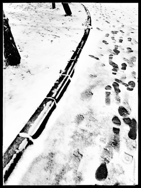 snow and footprints thumbnail