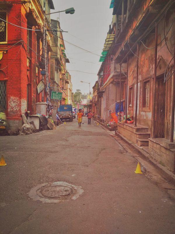 A street in North Kolkata on a melancholic afternoon thumbnail