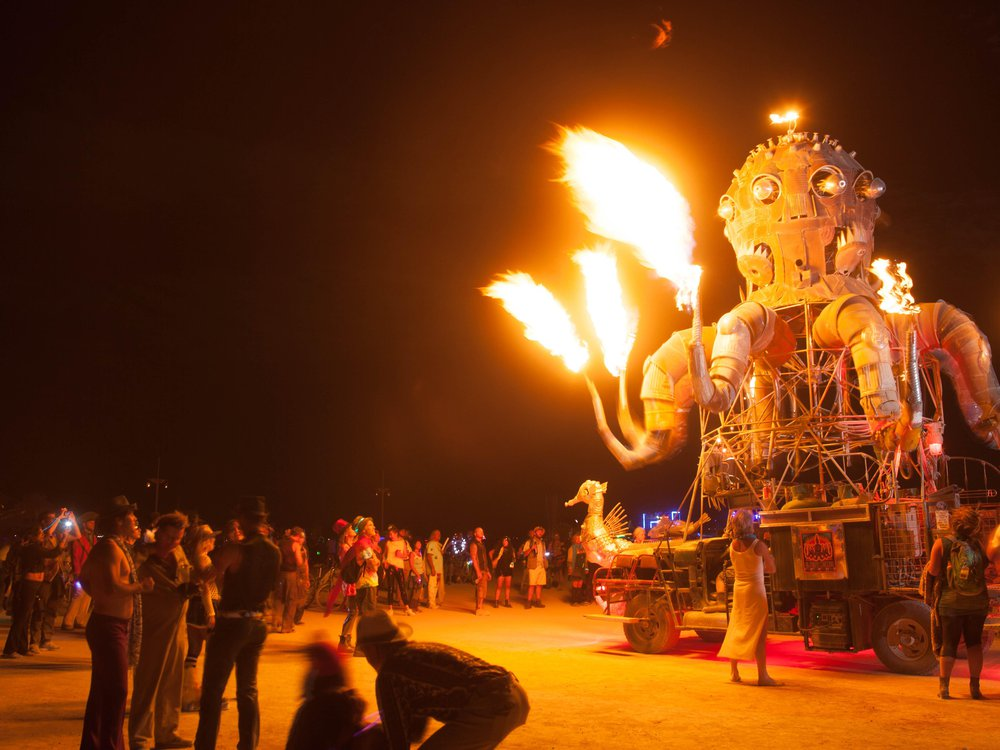 burning maaan
