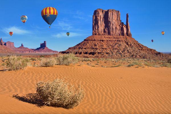 Monument Valley Balloon Festival thumbnail