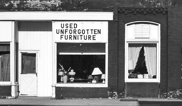 Used Unforgotten Furniture, Galva, Illinois thumbnail