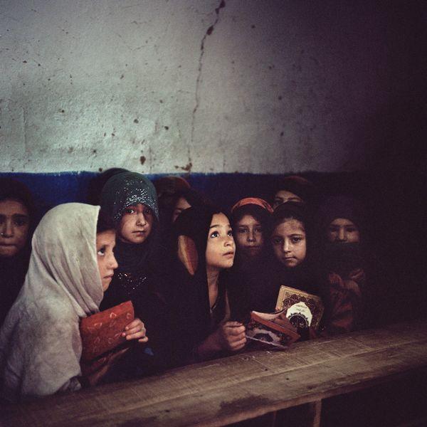 Afghan refugee girls learn the Quran thumbnail