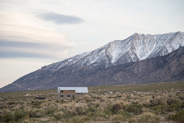 Lonely House in Lone Pine thumbnail