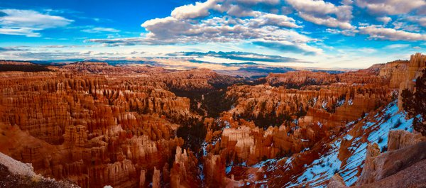 Hoodoos of Bryce Amplitheater at Bryce Canyon National Park  thumbnail