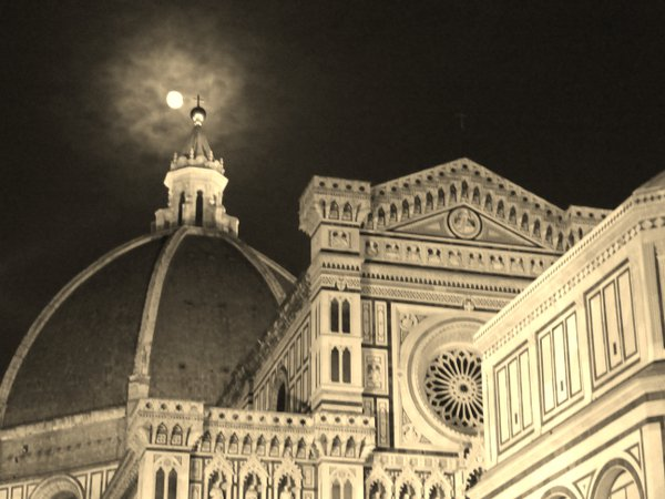 Full Moon over the Duomo in Florence, Italy thumbnail