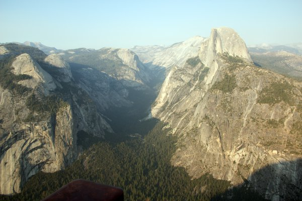 Yosemite Valley From Glacier Point thumbnail