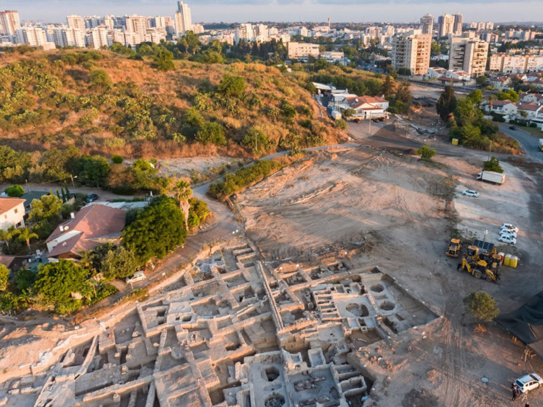 1,500-Year-Old Winery Found in Israel