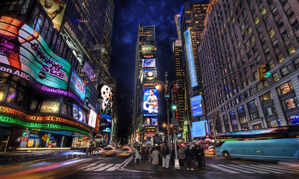 It was a typical night in Times Square, but I did not want to take the typical shot! thumbnail