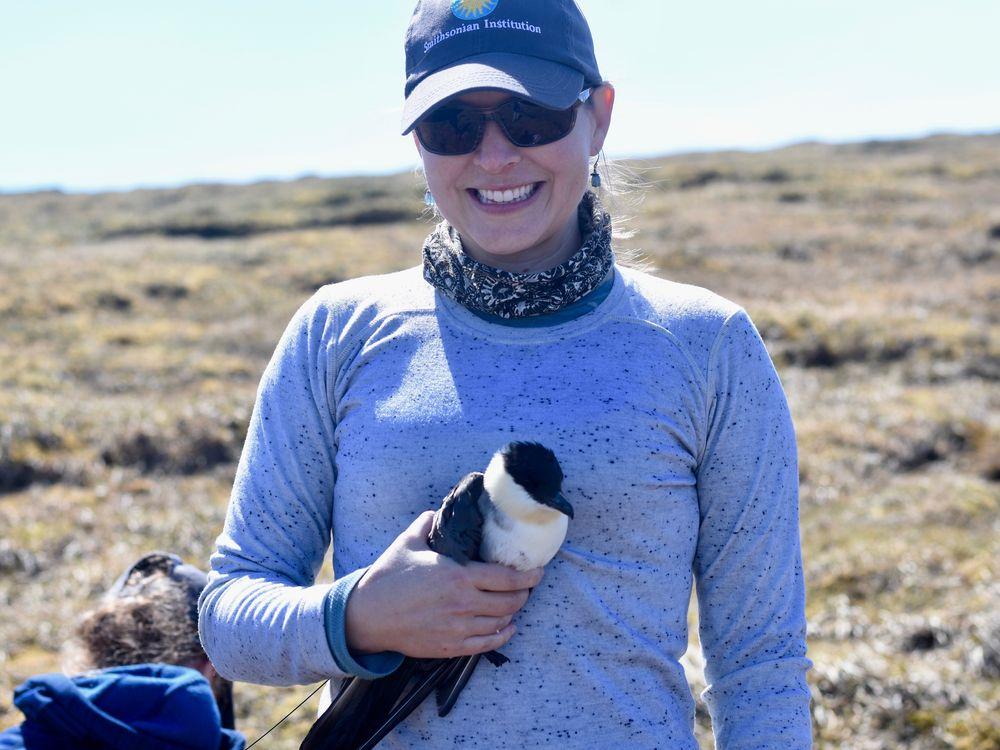 Dr. Autumn-Lynn Harrison, Smithsonian Migratory Bird Center. Credit: Mary Lewandowski, National Park Service.