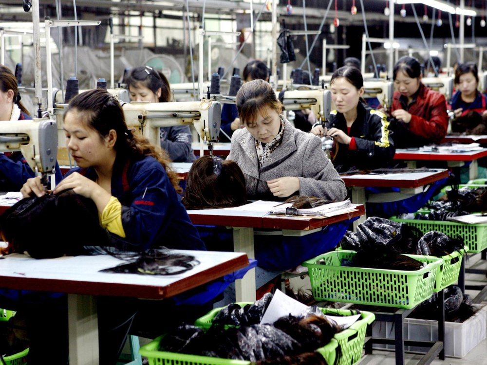 Female Chinese workers