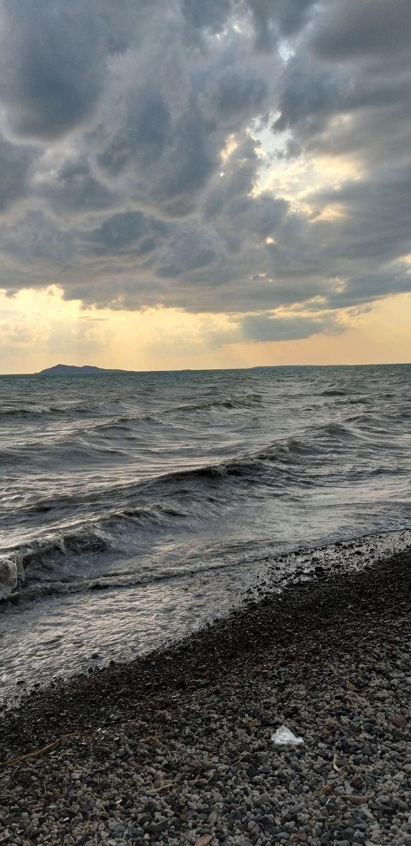 Waves on Alakol lake  thumbnail