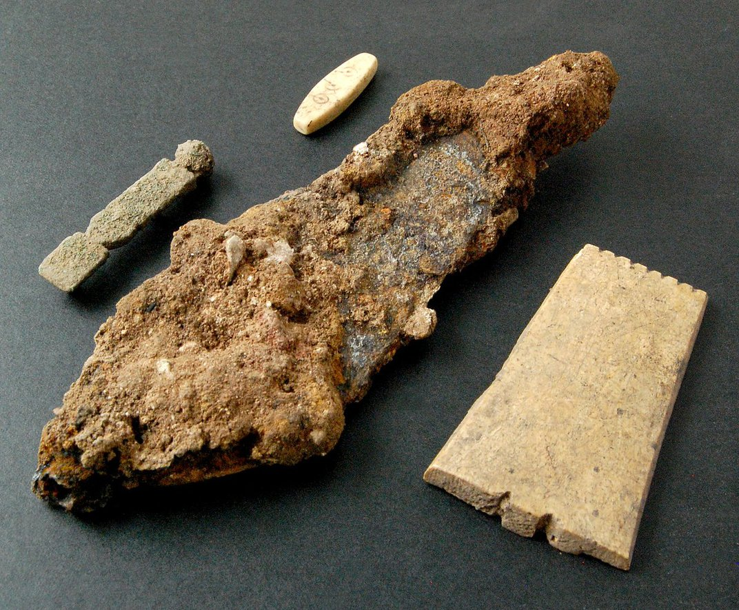 Roman Gaming Piece Crafted Out of Bone Found in England