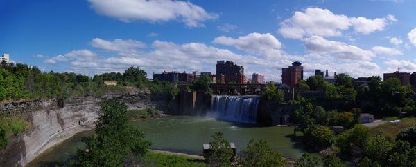 Rochester, NY Waterfalls thumbnail