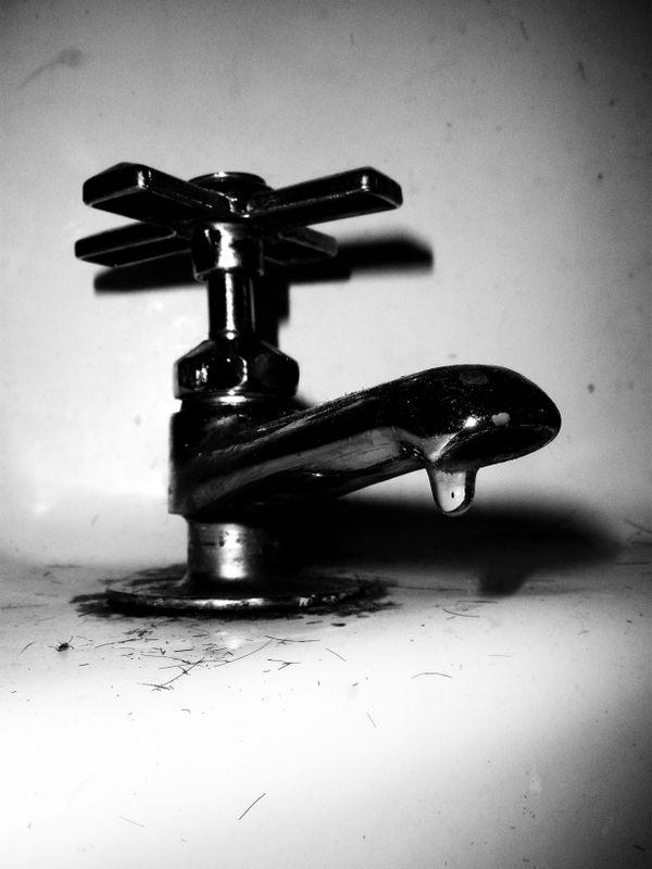 Antique Faucet thumbnail