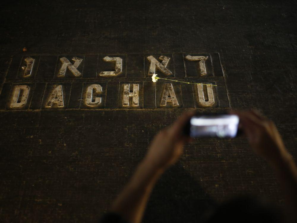 Rail_leading_to_Auschwitz_II_(Birkenau).jpg