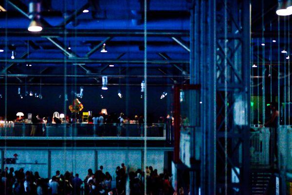 Cafe at the Pompidou thumbnail