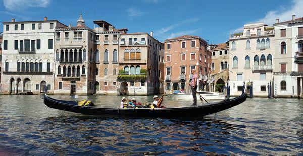 Gondola in Venice  thumbnail