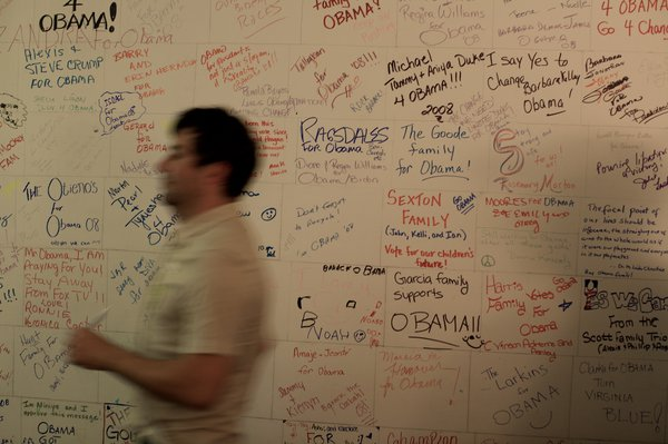 Campaign worker at Obama HQ in Richmond, VA thumbnail
