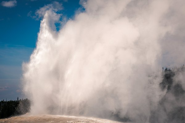 Old Faithful Geyser erupting  thumbnail