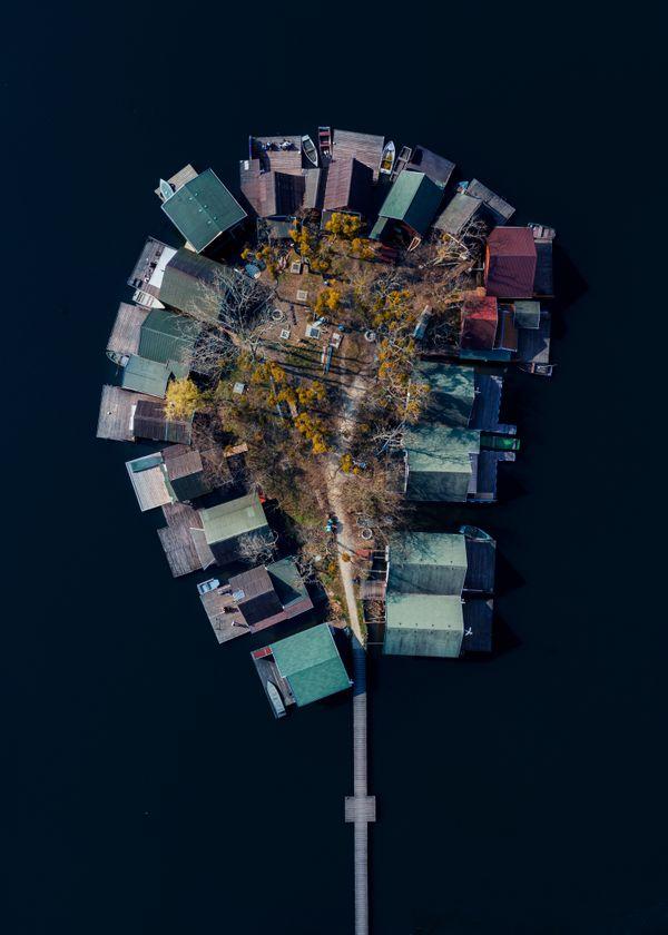 Isolated Island thumbnail