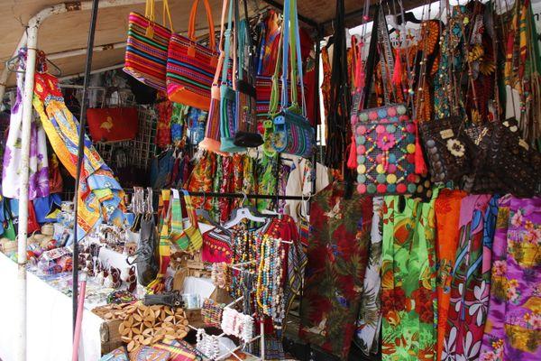 Colorful Clothes Shop thumbnail